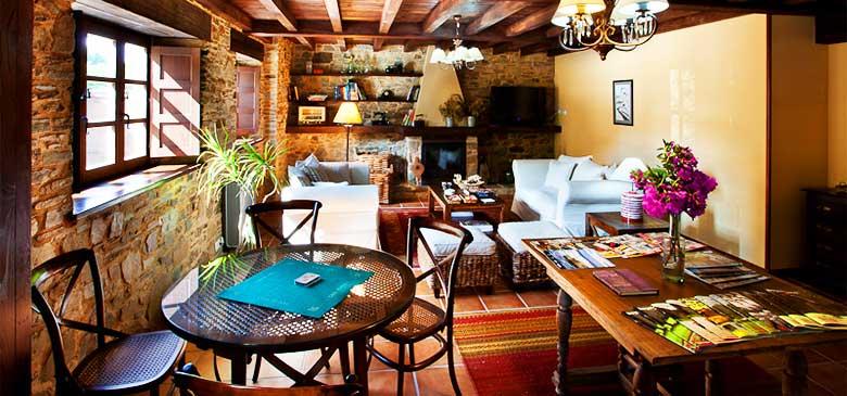 Sala de estar en Hotel Casa Cachón
